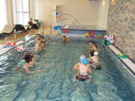 Plavání s dětmi na pobytu